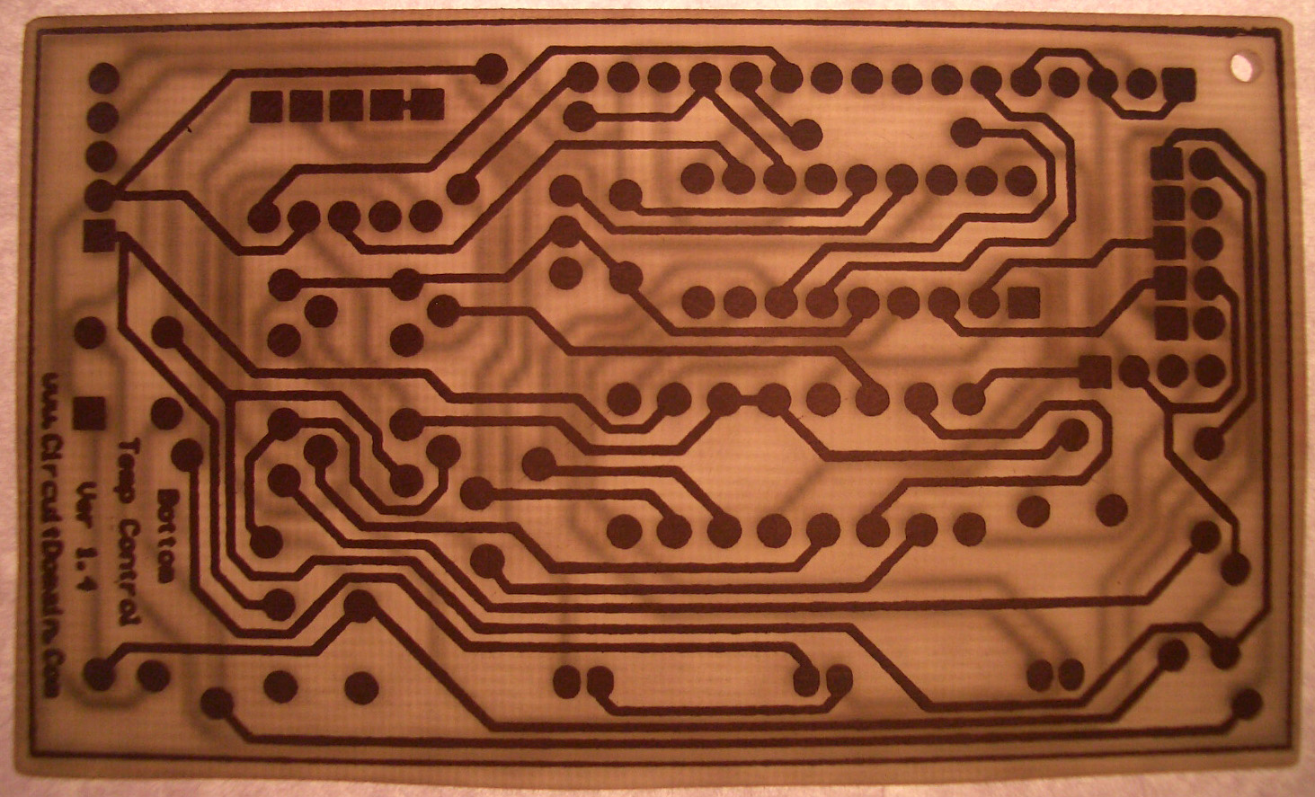 Circuit Domain Downloads Printed Boards In Minutes Pc Etching Prototyping I Use An Tank And A Small Aquarium Pump To The Air Find Using Ferric Chloride Very Good As